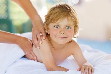 Masaje con Aceite de Chocolate (niños)